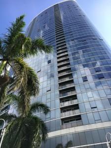 ハワイの高層マンション