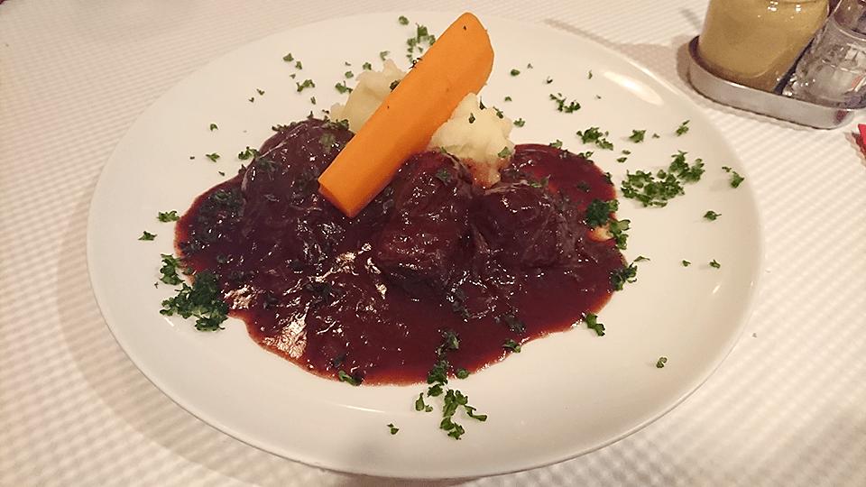 カンティーヌ アリ・バブの牛ほほ肉