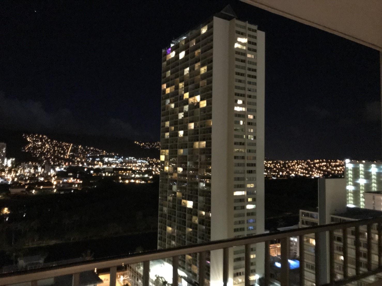 ハワイの物件からの夜景