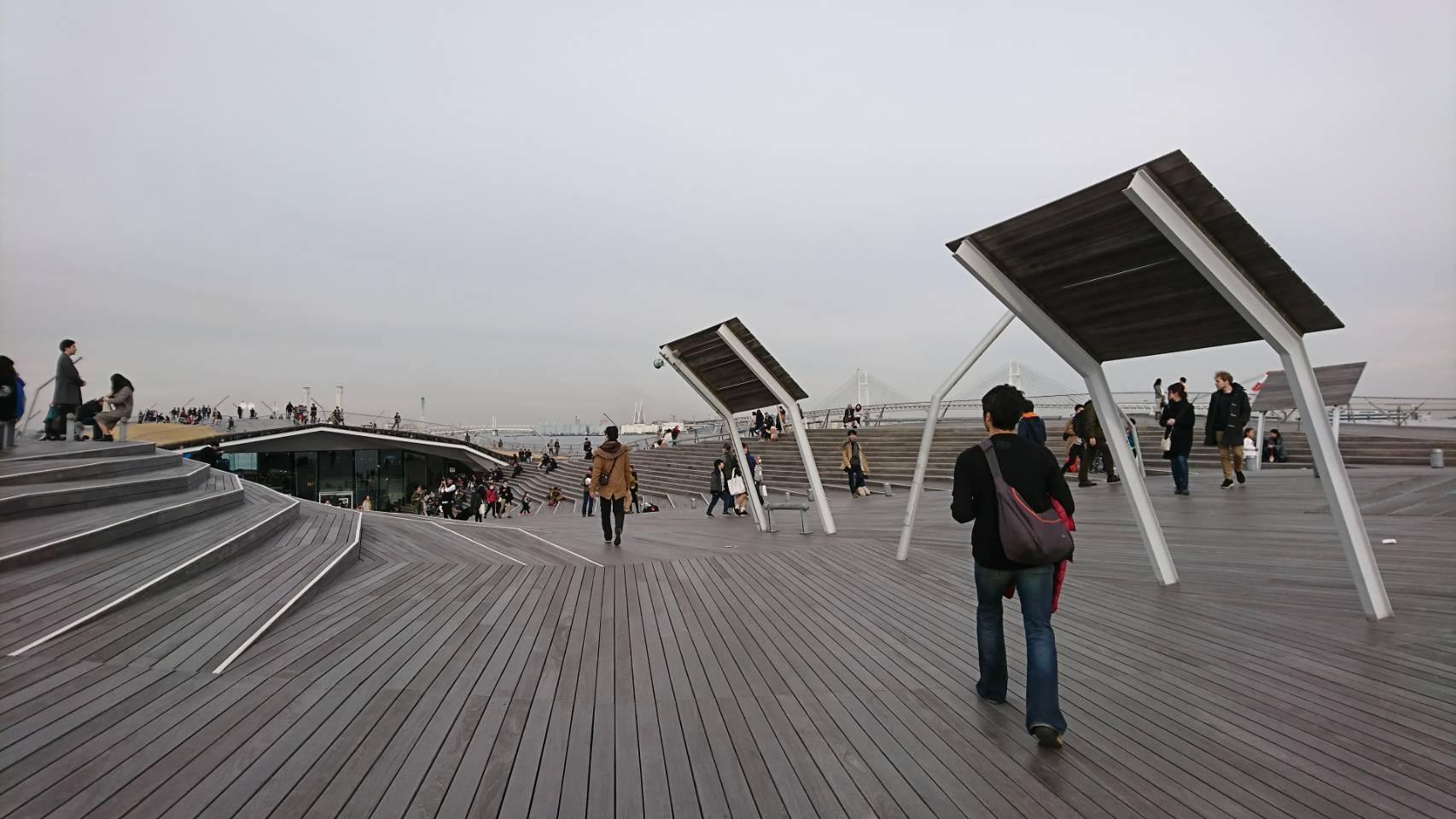 横浜の大さん橋