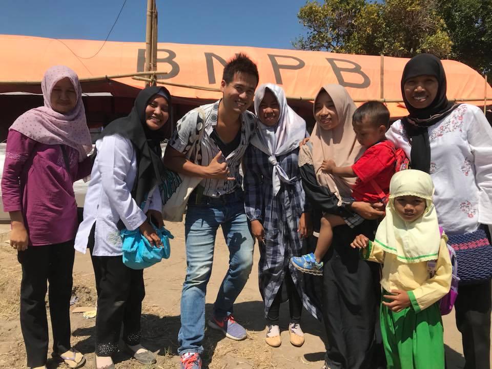 ロンボク島の地震被災幼稚園の先生たち